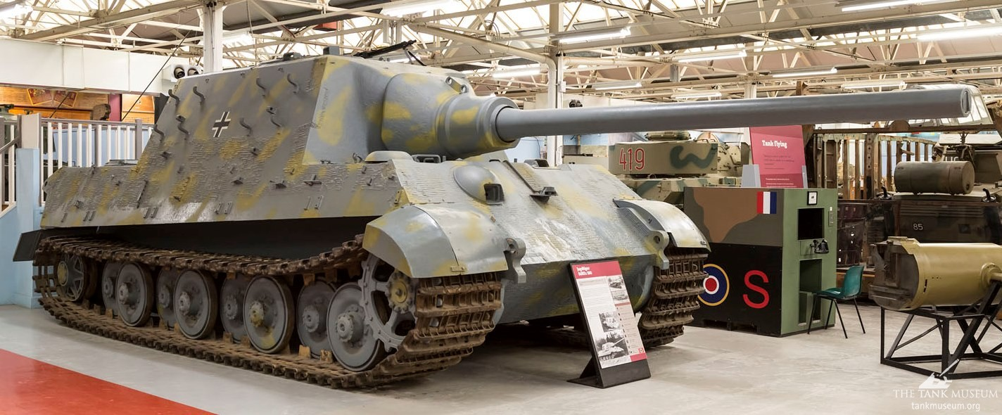 The Jagdtiger's previous, inaccurate colour scheme