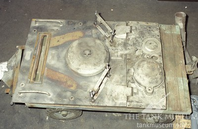 Engine cover hatch