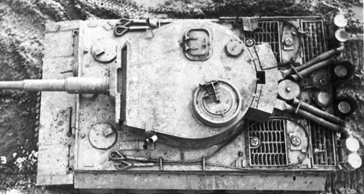 Tiger 131's driver's hatch