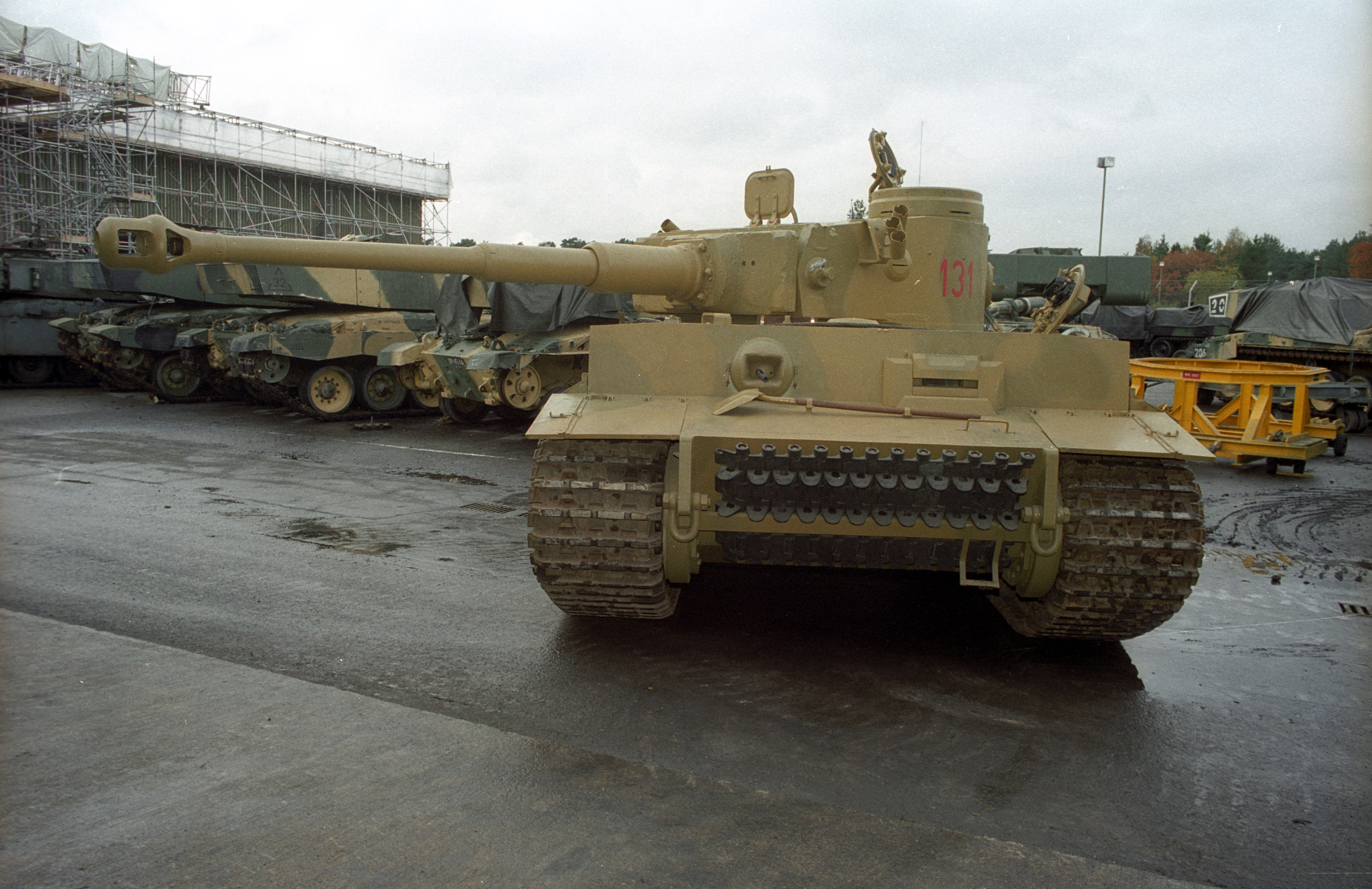 Tiger 131 with Challenger 2s behind it